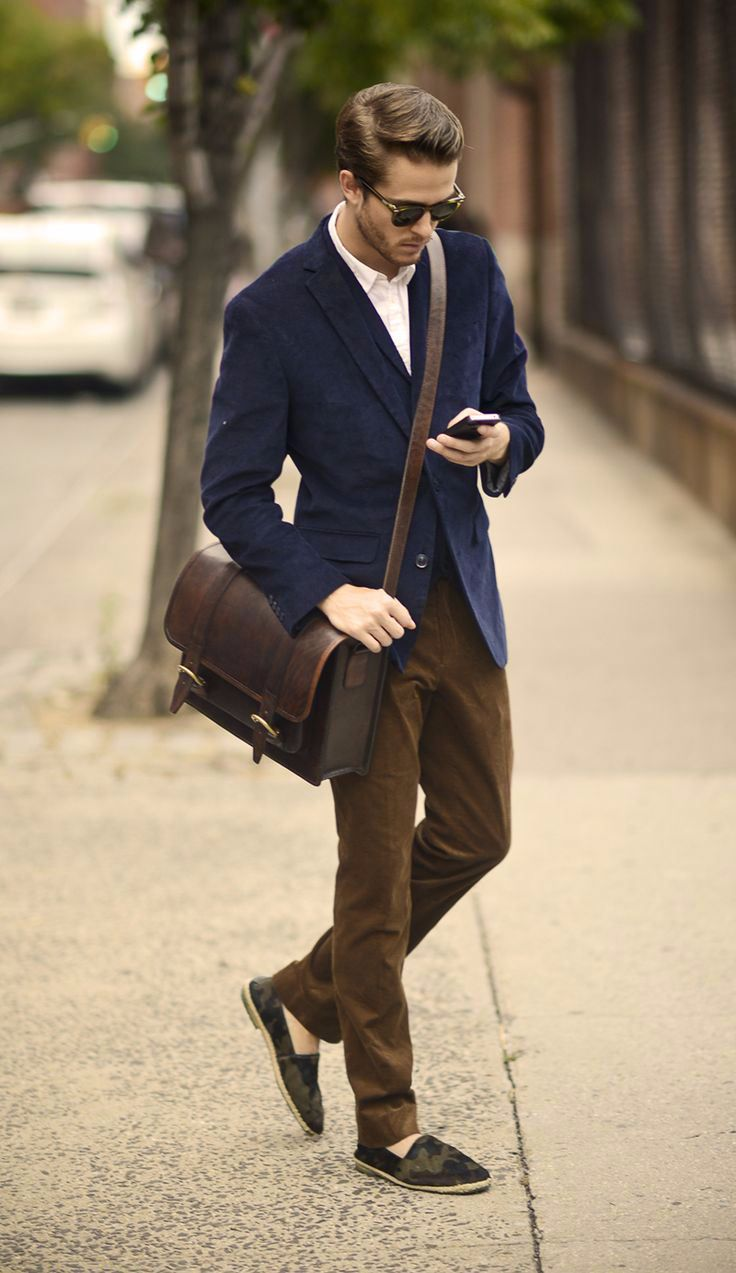 50 Most Hottest Men Street Style Bag to Follow These Days - Canvas ...