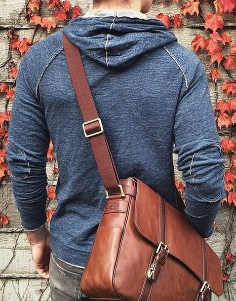 50-Most-Hottest-Men-Street-Style-Bag-to-Follow-These-Days-36