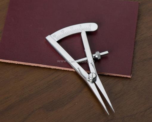 Leather Edge Mini Wing Divider